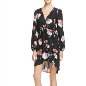 Band of Gypsies Womens Floral Faux Wrap Dress